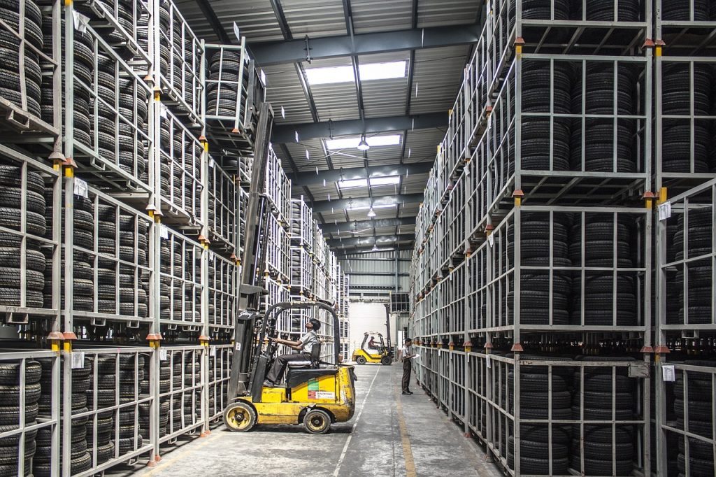forklift 1024x682 - Materials Handling Technologies: The Warehouse of the Future
