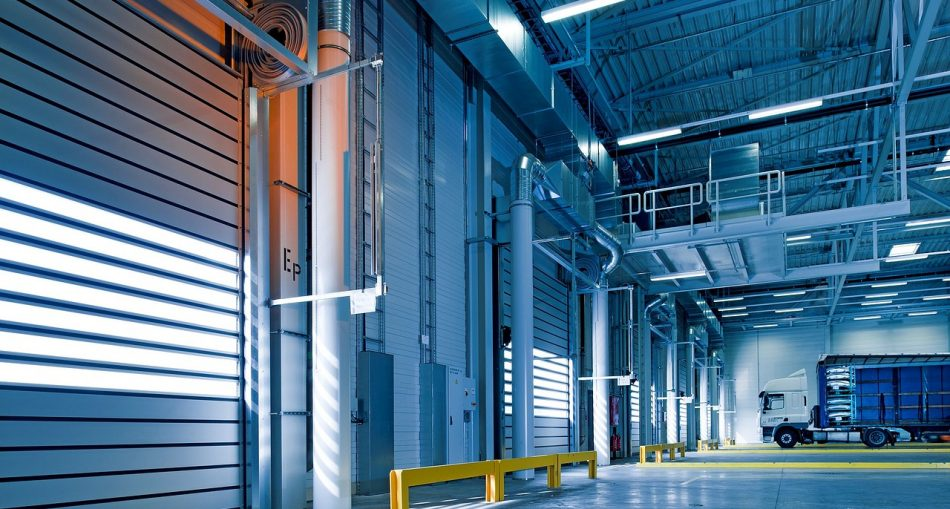 industrial hall 950x509 - Materials Handling Technologies: The Warehouse of the Future