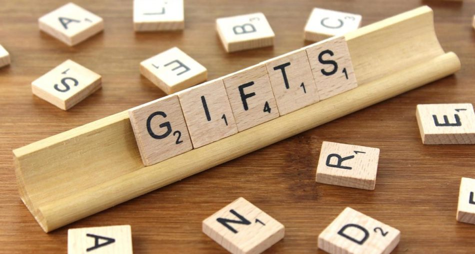 How Promotional Gifts Will Build A Strong Customer Base