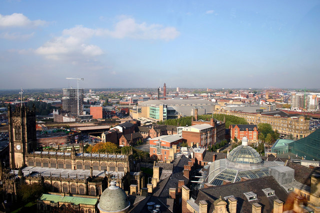 1094813 e64a8e71 - 5 Reasons why Business Should Invest in Leeds